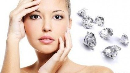 Facial treatment with diamonds