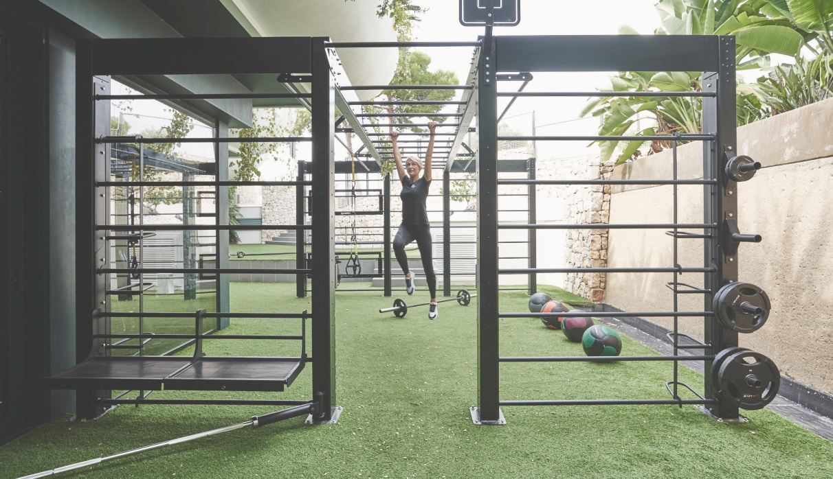 <p>Innovative state-of-the-art machinery and ideal outdoor spaces to improve performance and vitality</p>